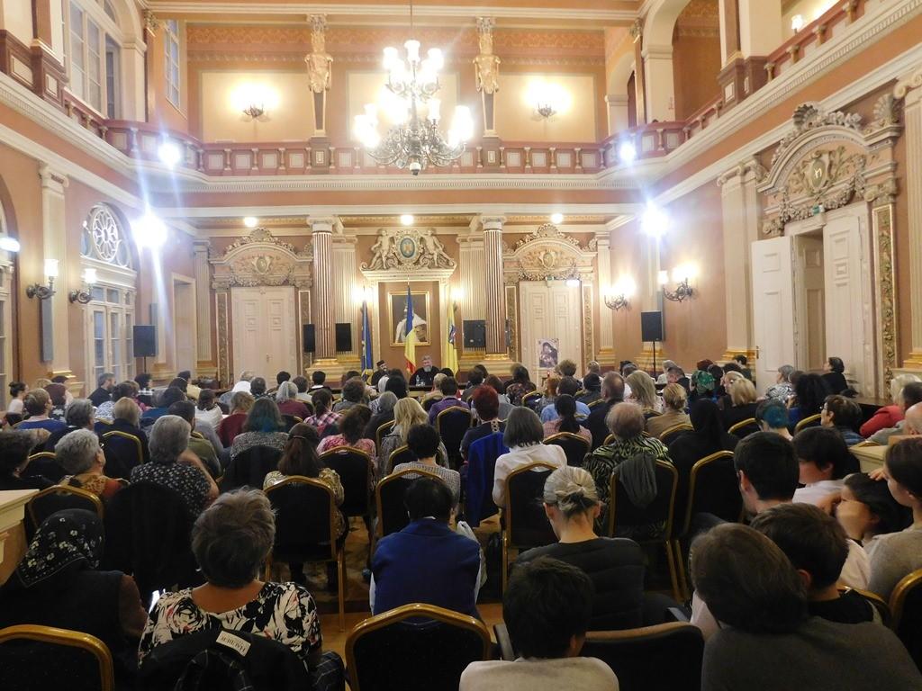 Părintele Dionisie Ignat a conferențiat la Arad despre satul românesc