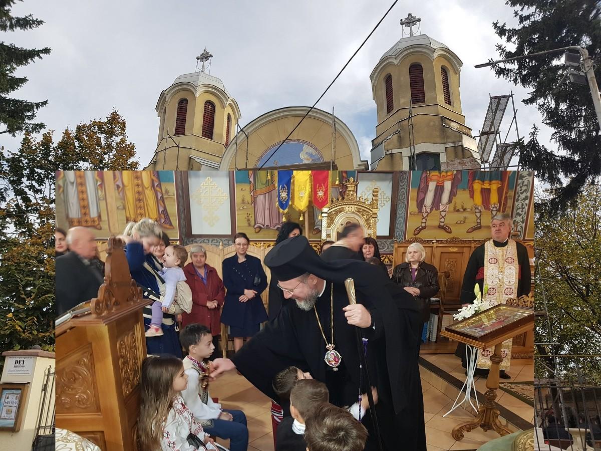 """(FOTO) Slujire arhierească, în prima Duminică din Postul Nașterii Domnului, în Parohia """"Sfântul Gheorghe"""" din Aradul Nou"""