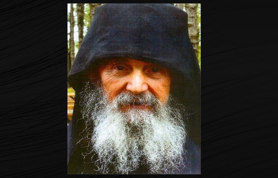 Părintele Efrem Filotheitul a trecut la cele veșnice la vârsta de 92 de ani