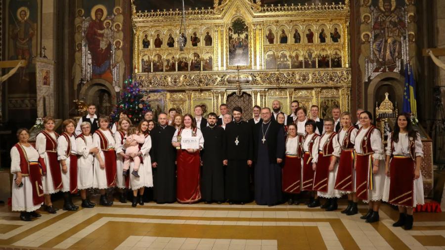 """Corul arădean """"Nașterea Domnului """", câștigător al Marelui Premiu la cea de-a XXX-a ediție a Festivalului Național de Muzică Sacră de la Orăștie"""