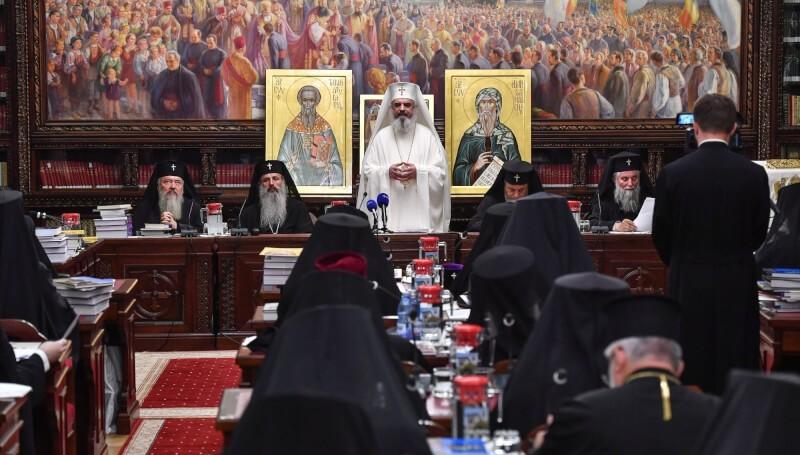 Sfântul Sinod se reunește în ședință solemnă dedicată împlinirii a 30 de ani de la căderea regimului comunist