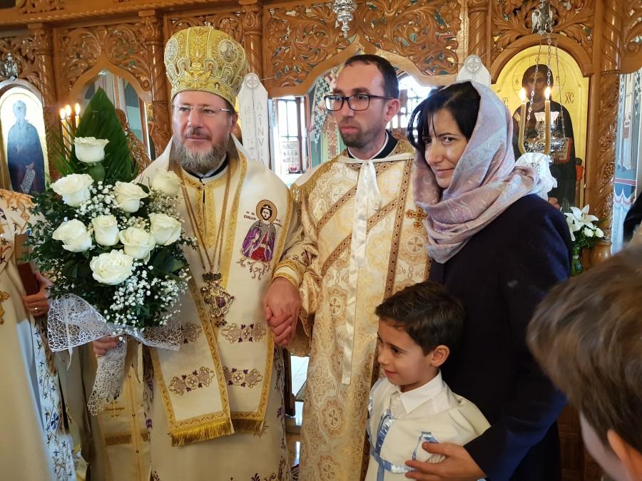 (FOTO) Liturghie Arhierească și hirotonie întru Diacon la Paraclisul Facultății de Teologie din Arad