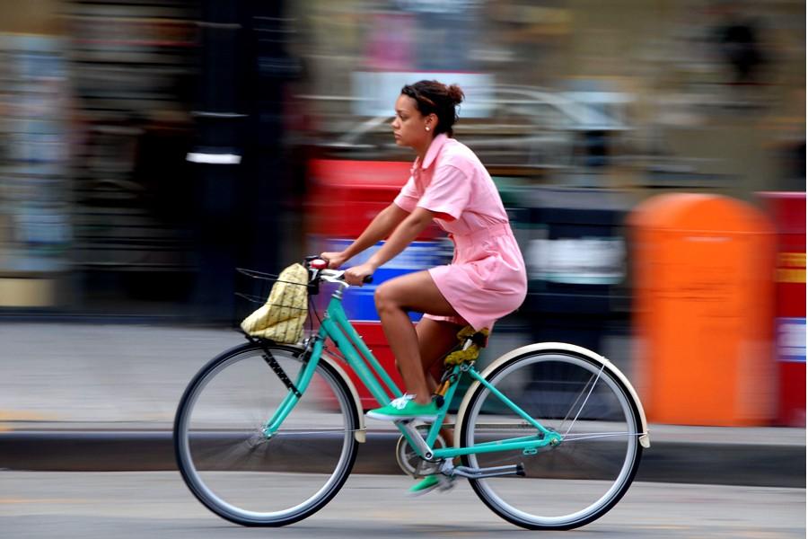 Amenzi mai mici pentru bicicliștii care încalcă regulile de circulație