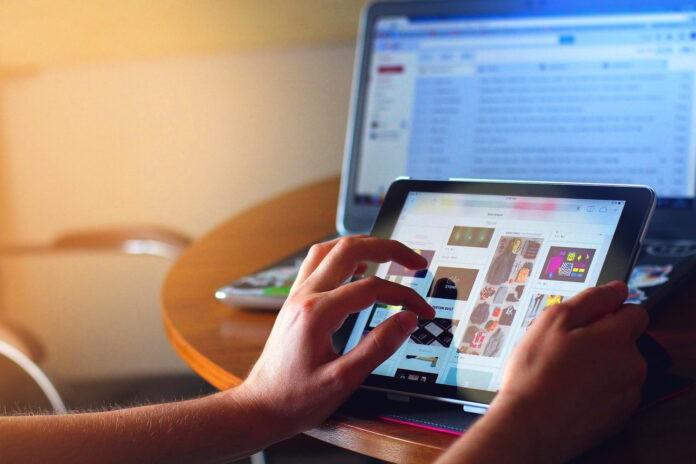 Modificări importante în comerțul online. Noile norme UE privind protecția consumatorilor au intrat în vigoare