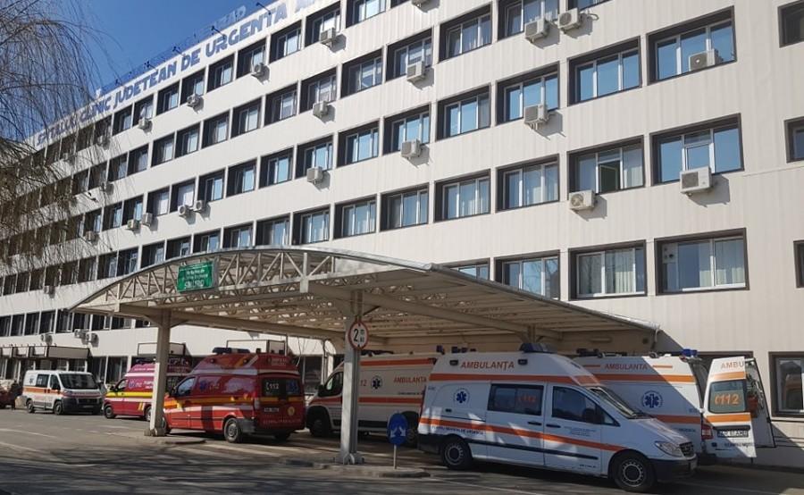 Cursuri suspendate la Liceul German din Arad. 14 dintre cei 40 de copii care au ajuns la spital în urma deratizării au rămas internați