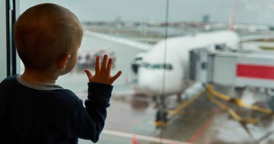 """Despre """"DOR"""". Nu se poate el traduce, dar cu siguranță se poate măsura: 592.381 de copii români cresc în afara țării"""