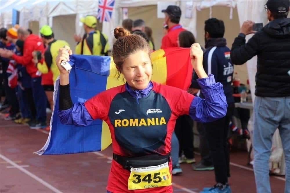 Mara Guler a scris istorie la Ultramaratonul de la Atena. A încheiat în mai puțin de 16 zile o cursă de 1.000 de mile pe șosea