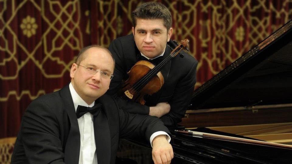 """Recital Remus Azoiţei şi Eduard Stan, joi seară, în Seria """"Concertelor Enescu"""" la ICR Londra"""