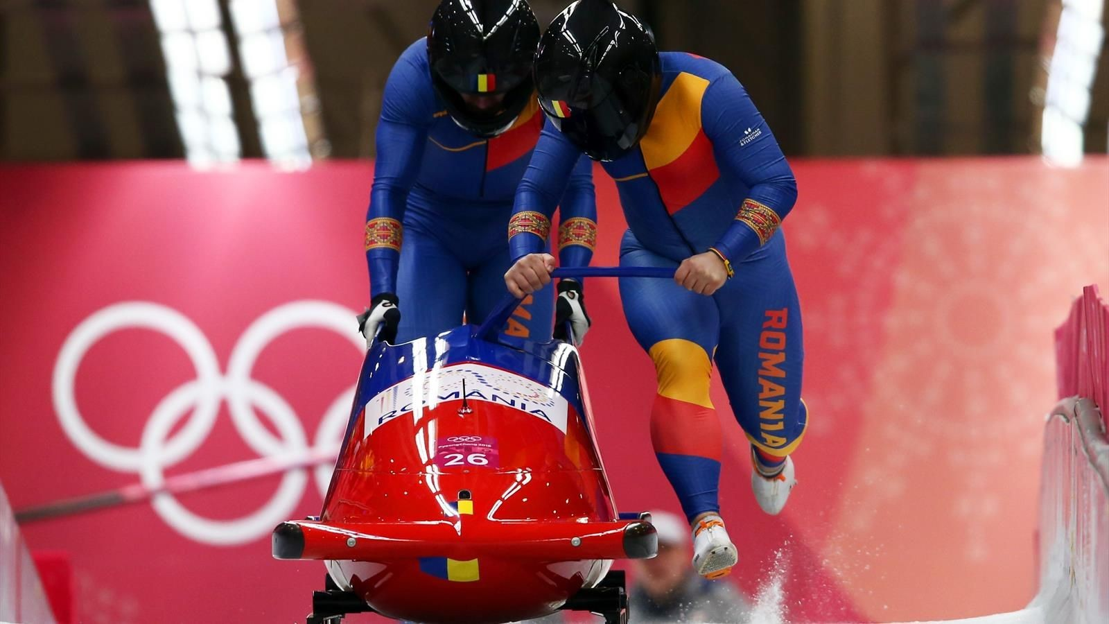 Mihai Tentea și Ciprian Daroczi, campioni mondiali Under-23 la bob-2