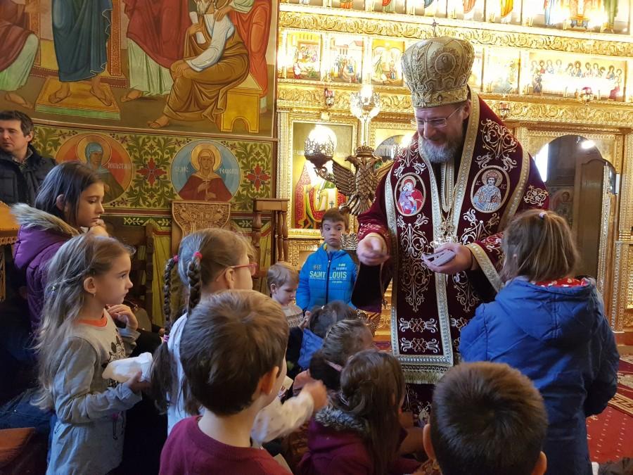 Preasfințitul Emilian Crișanul împlinește astăzi 48 de ani