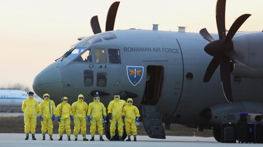 """Cei șase români de la bordul navei """"Diamond Princess"""", repatriați și ținuți în carantină în următoarele două săptămâni"""