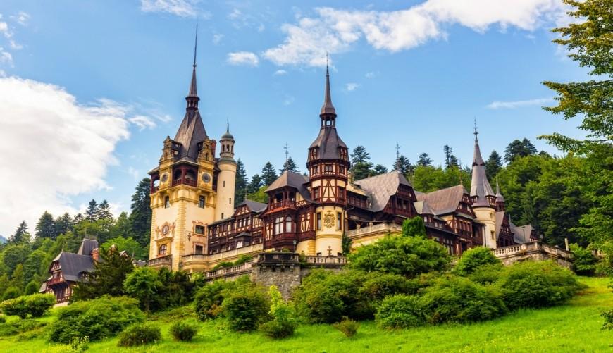 Casa Regală a României oferă spații de cazare gratuite pentru carantină pe Domeniul Regal Peleș