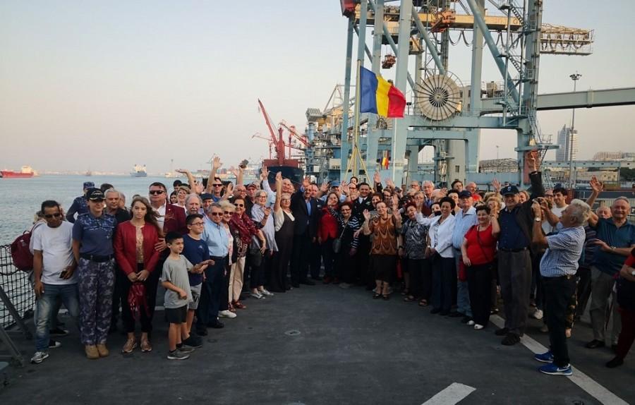 """Comunitatea românească din Israel, la bordul Fregatei """"Regele Ferdinand"""""""