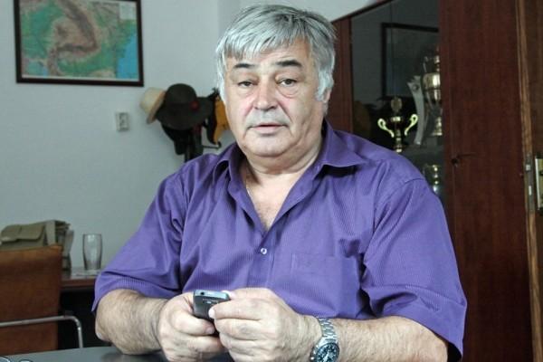 Dimitrie Muscă, pe cont propriu în lupta împotriva COVID-19 după ce o angajată care a murit a fost confirmată cu coronavirus