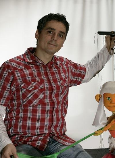 O nouă întâlnire de poveste pe pagina de facebook a Trupei Marionete Arad