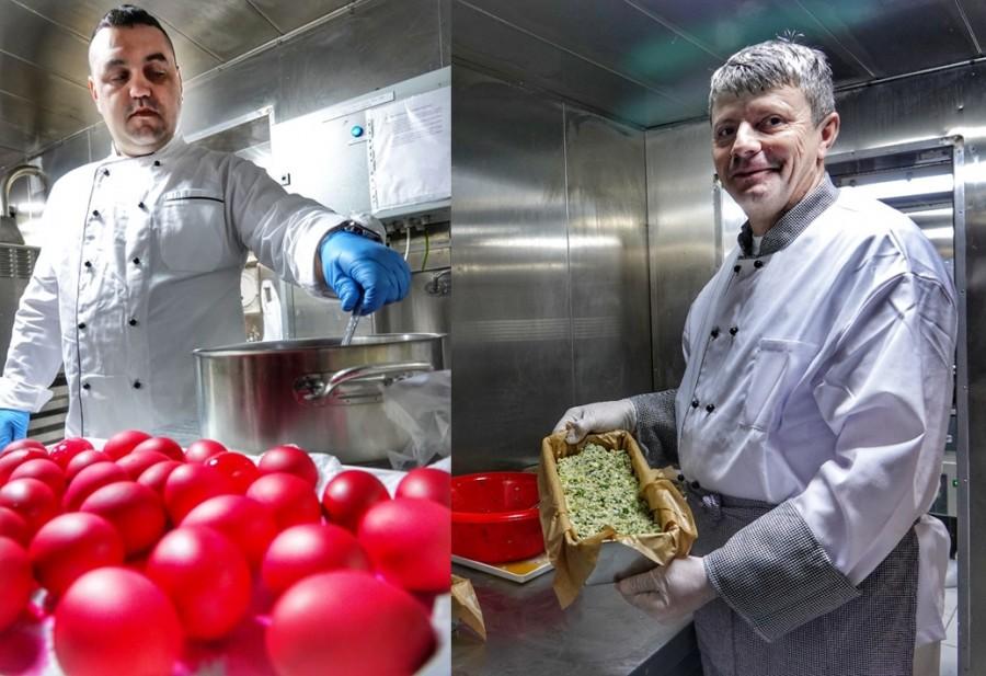 """Pregătiri pentru masa de Paști, la bordul navei militare """"Viceamiral Constantin Bălescu"""" aflată în misiune NATO"""