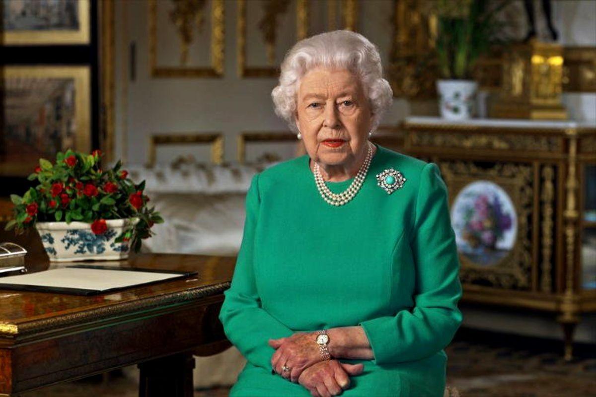 Regina Elisabeta a II-a se retrage din viața publică pe termen nedeterminat