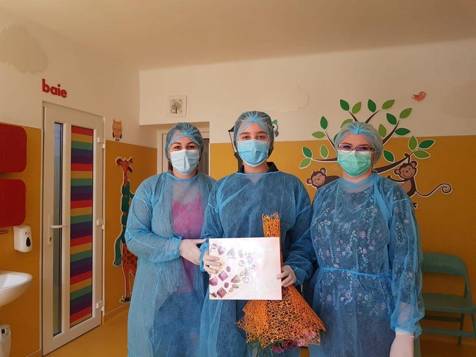 Vestea bună a zilei! Tamara, o arădeancă de 13 ani, a aflat chiar de ziua ei că s-a vindecat de COVID-19
