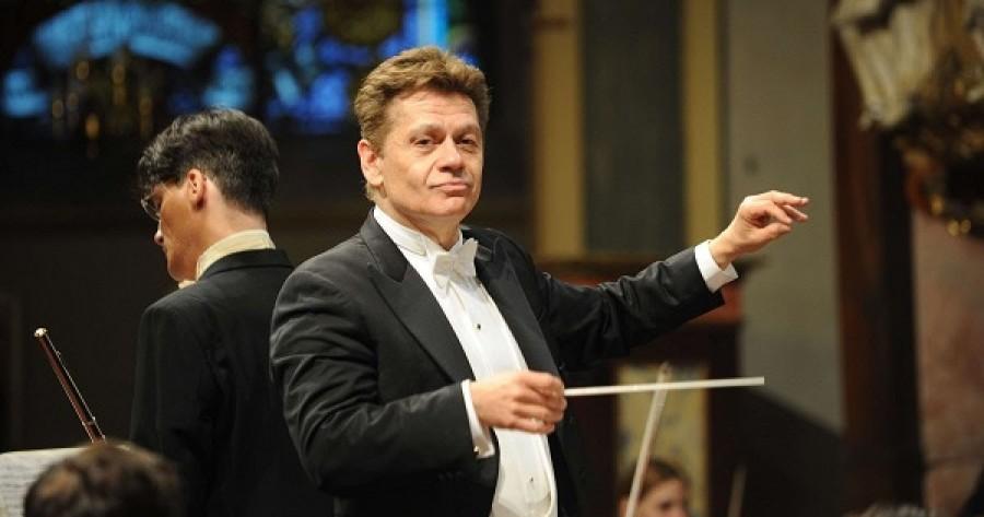 """Dirijorul Christian Badea și violonistul Liviu Prunaru, în stagiunea online a Filarmonicii """"George Enescu"""""""