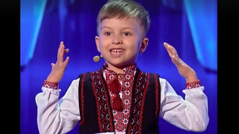 """Vlad, românașul de dincolo de Prut care a recitat """"Unire, frați români!"""", a câștigat premiul de originalitate la Românii au talent"""