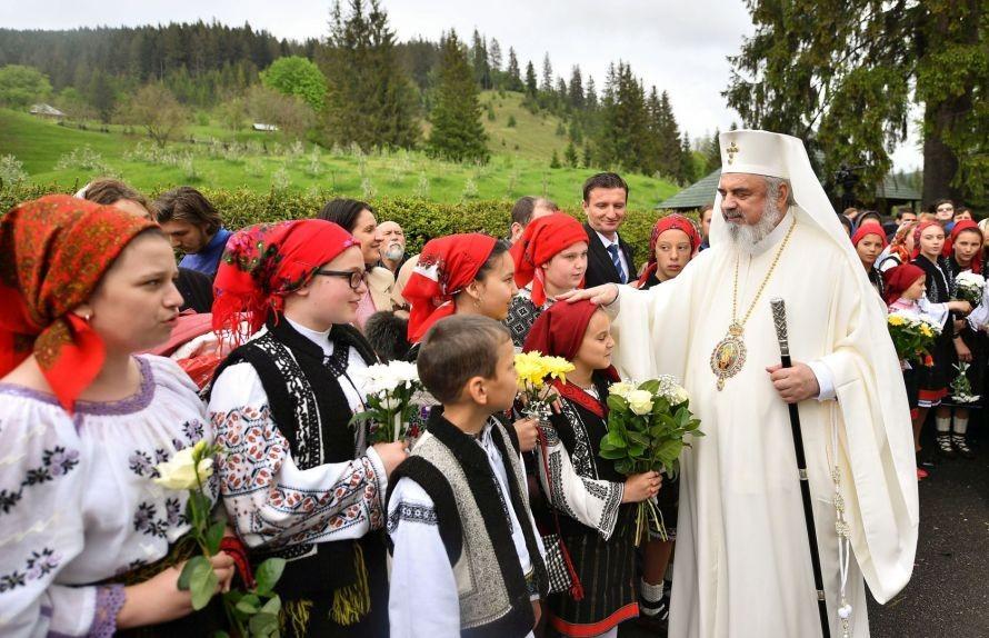 Rugăciunea Patriarhului Daniel pentru copii și tineri și pentru educatorii lor