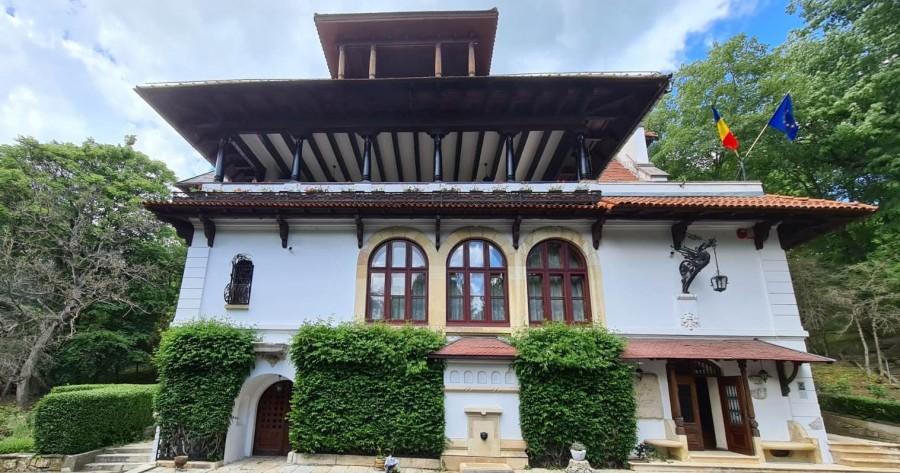 """Muzeul Național """"Brătianu"""" și-a deschis porțile pentru public. Prima zi, un adevărat succes"""