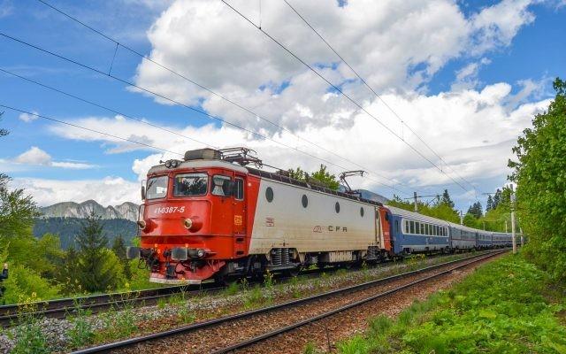 """Programul estival """"Trenurile Soarelui"""" va fi lansat în 12 iunie"""