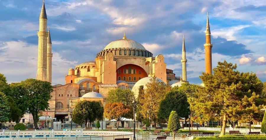 Catedrala Sfânta Sofia de la Istanbul va fi transformată în moschee