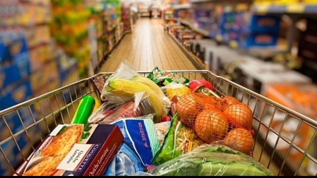 Facilităţi fiscale pentru donarea alimentelor aflate aproape de data expirării