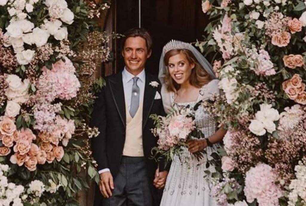 Prinţesa Beatrice a Marii Britanii s-a căsătorit la Windsor, în prezența Reginei Elisabeta