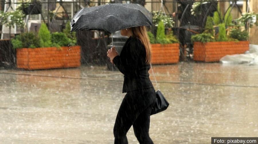 ANM: Cod portocaliu de ploi abundente în 16 judeţe și Cod galben de vreme instabilă în 18 judeţe
