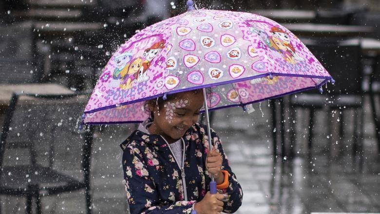 Vreme instabilă în cea mai mare parte a ţării, până sâmbătă dimineaţa