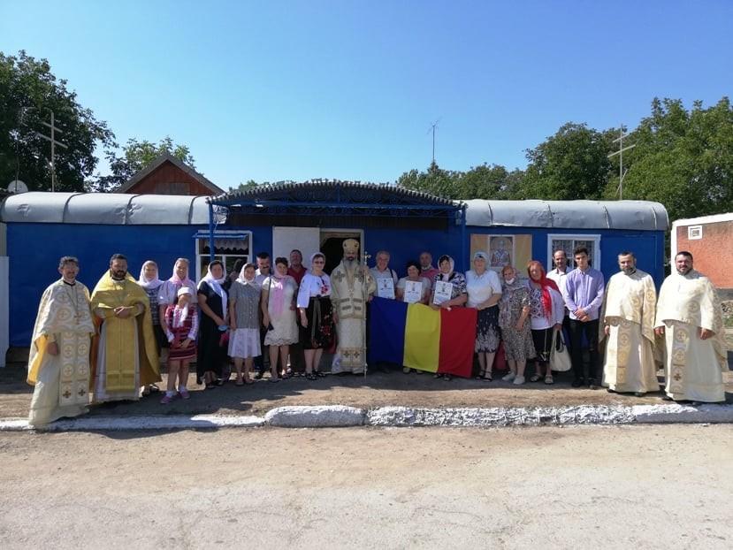 Moment istoric pentru românii din Ocnița! După aproape 60 de ani, s-a oficiat prima Liturghie în limba română