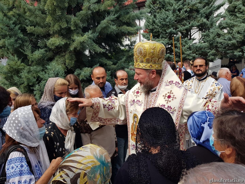 Adormirea Maicii Domnului, nădejdea vieții noastre. Liturghie Arhierească la Mănăstirea Gai