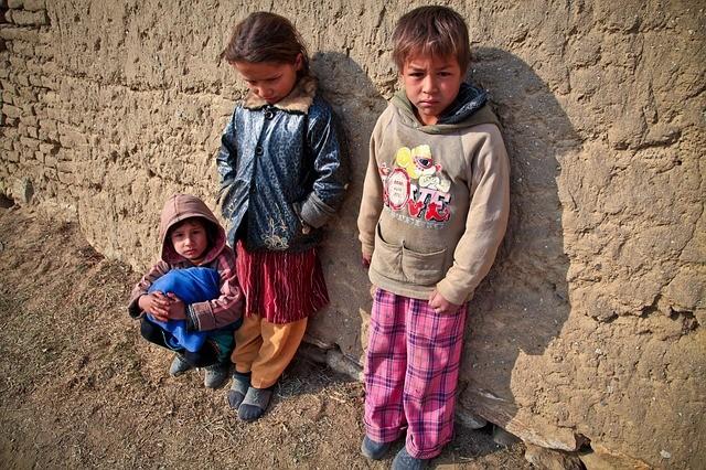 Raport UNICEF: 463 de milioane de copii nu au avut acces la învăţământ la distanţă în contextul pandemiei