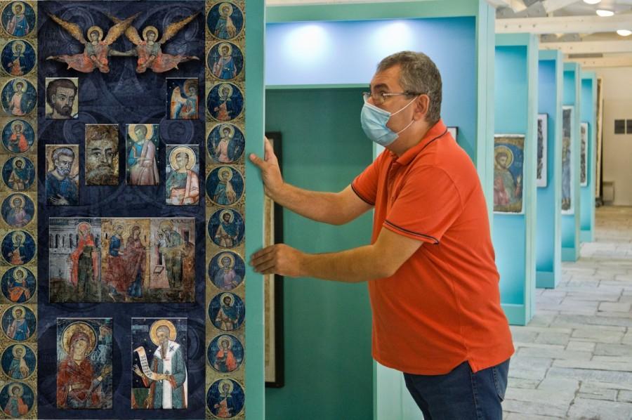 Noi fragmente de frescă ale Mănăstirii Văcăreşti, demolată de comuniști, expuse la Casa Filipescu-Cesianu