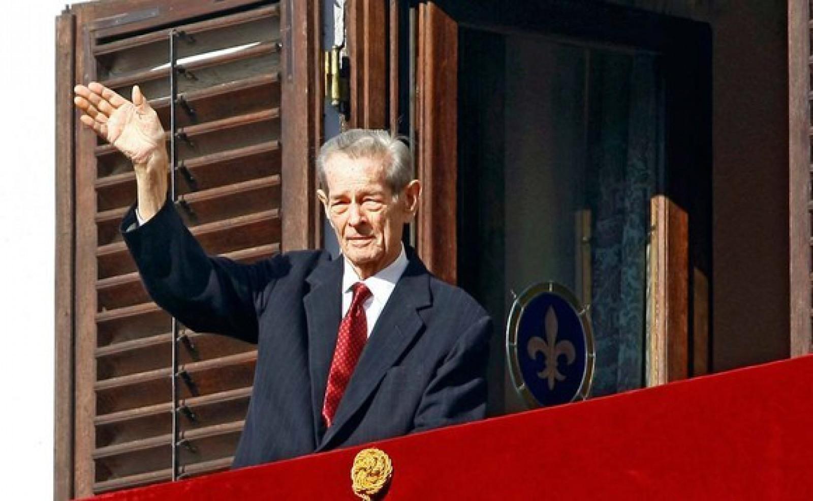 O statuie a Regelui Mihai va fi dezvelită anul viitor la Sinaia, la 100 de ani de la nașterea Sa