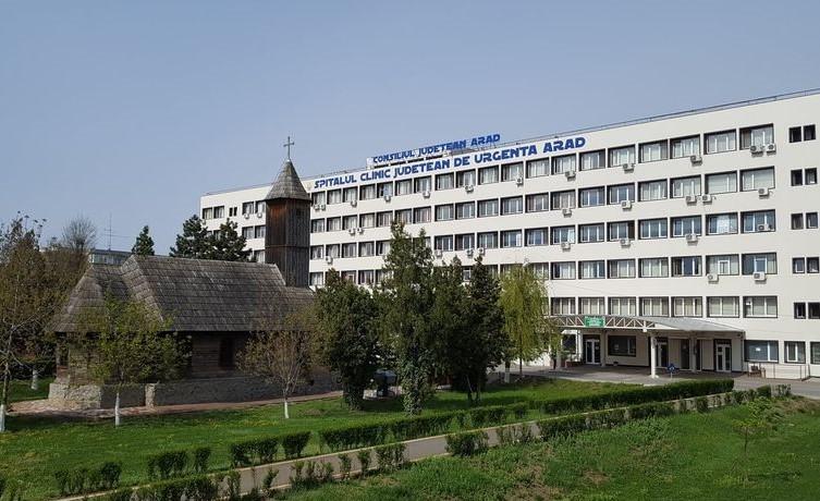 Doi medici arădeni au salvat viața unui bebeluș de opt luni din județul Hunedoara