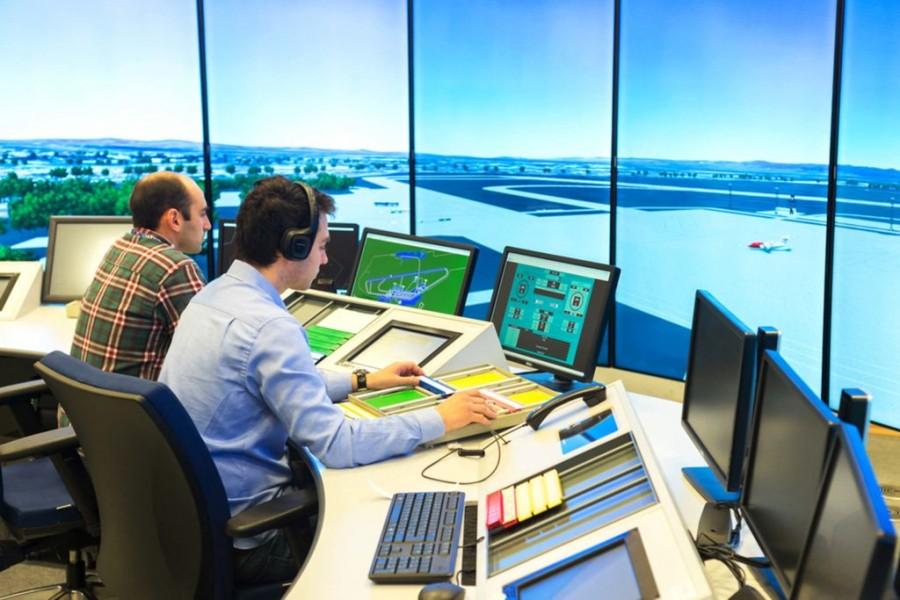 20 octombrie - Ziua internaţională a controlorilor de trafic aerian