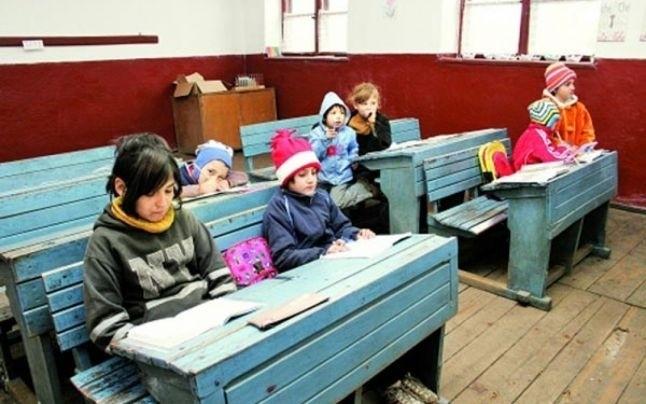 România va avea o hartă a şcolilor dezavantajate. Vor fi identificate problemele, de la lipsa toaletelor și până la calitatea actului educațional
