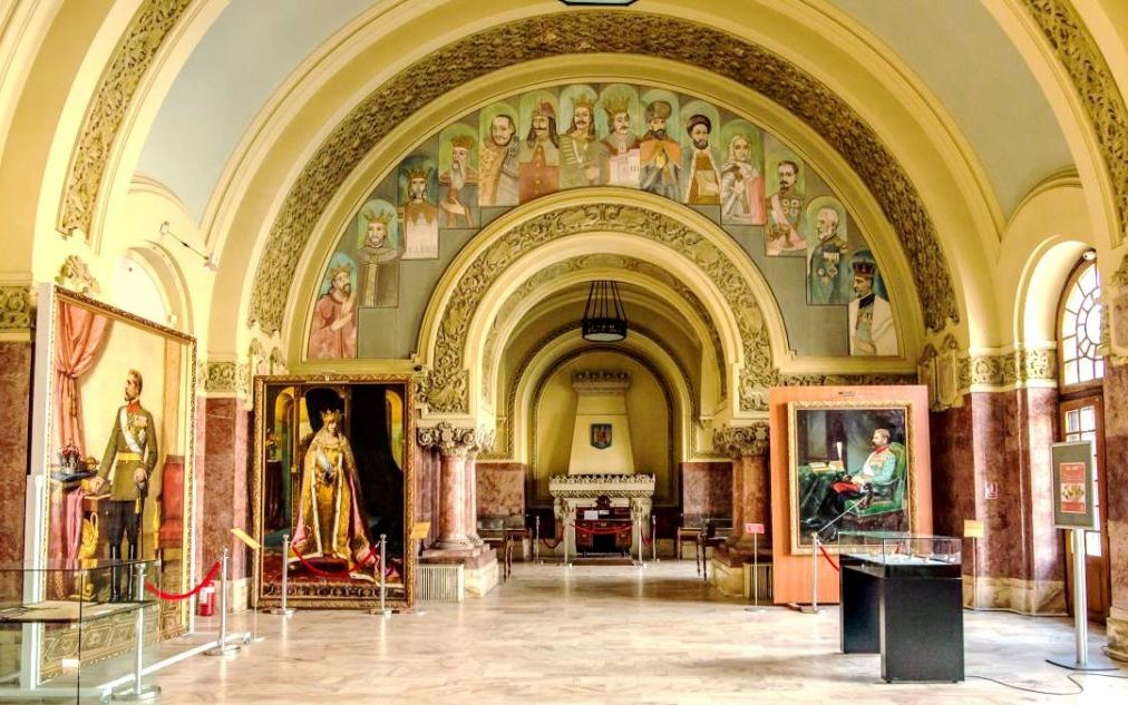 Expoziţie online dedicată Sălii Unirii, clădire simbol al Marii Uniri din 1918
