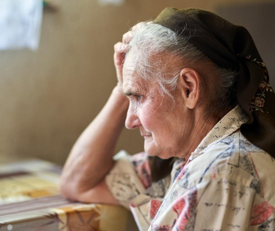 Peste un milion de vârstnici din România trăiesc singuri. Fundaţia Regală Margareta a României, apel pentru strângerea de fonduri destinate acestora