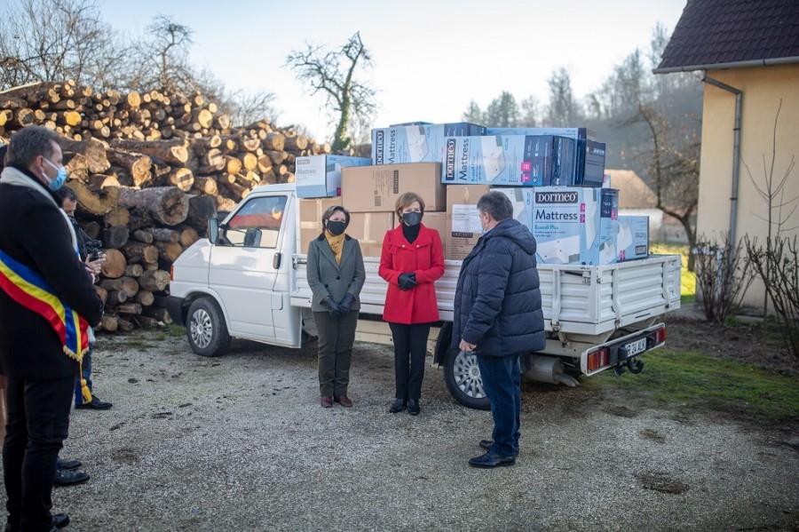 Familia Regală a făcut o donaţie pentru vârstnicii internați la spitalul din Săvârşin