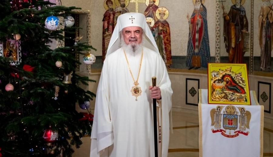 Pastorala Patriarhului României la Nașterea Domnului – 2020: Iubirea smerită a lui Hristos dăruiește viaţă veșnică