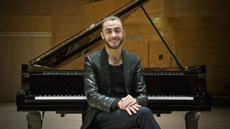 Discul de debut al pianistului Daniel Ciobanu, desemnat cel mai bun album al lunii de revista franceză Classica