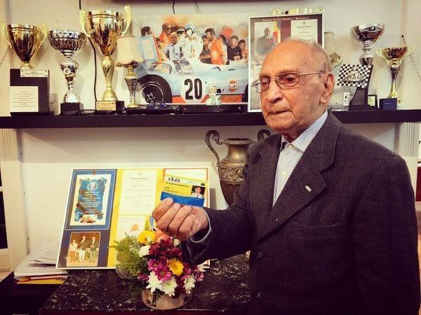 Cel mai longeviv campion din automobilismul românesc, felicitat de Familia Regală la împlinirea vârstei de 102 ani