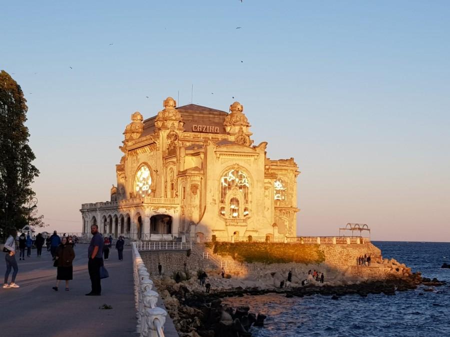 Cazinoul de la malul Mării Negre va avea cinematograf, muzeu și sală de bal
