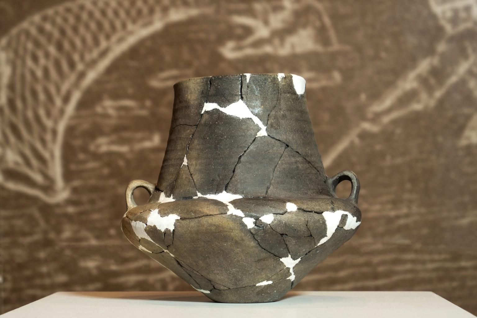 Un vas ceramic de la Sântana – Cetatea Veche, exponatul lunii februarie la Complexul Muzeal Arad