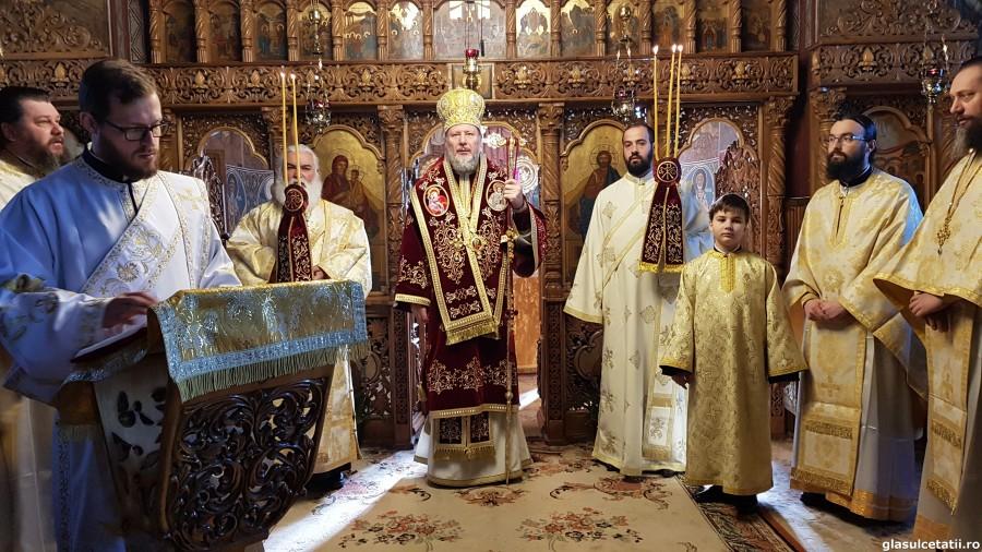 """""""În fața lui Dumnezeu masca este foarte transparentă, pentru că El cunoaște viața, gândurile și intențiile noastre"""" - PS Emilian, la Mănăstirea Hodoș-Bodrog"""