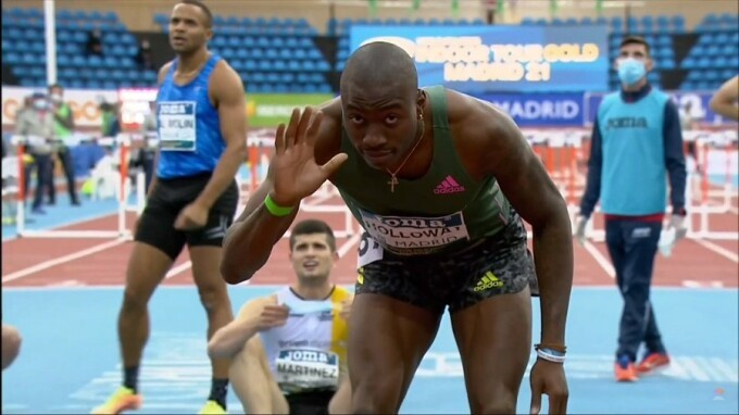 Americanul Grant Holloway a doborât recordul mondial la 60 m garduri